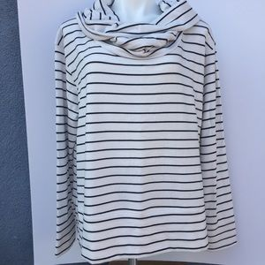 Caslon cowl neck XL high/low soft sweatshirt.